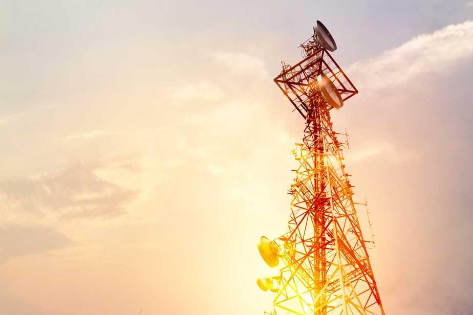 Telecom / media